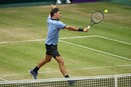 ATP Halle: Federer a 140 all'ora, finale con Sascha Zverev - UBITENNIS - ubitennis.com