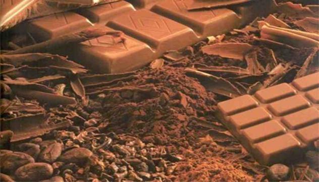 Chocolate meio amargo acelera o metabolismo.