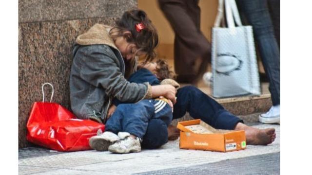Imagen cotidiana en México debido a las políticas económicas asistencialistas y demagógicas.