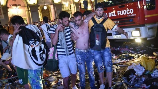 Falso allarme bomba in Piazza San Carlo a Torino