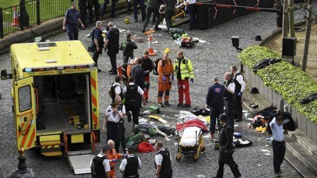 4 dead, 20 injured in terror attack near UK Parliament in London ... - hindustantimes.com
