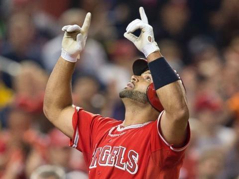 Celebrating Albert Pujols 600 home runs - ABC News - go.com