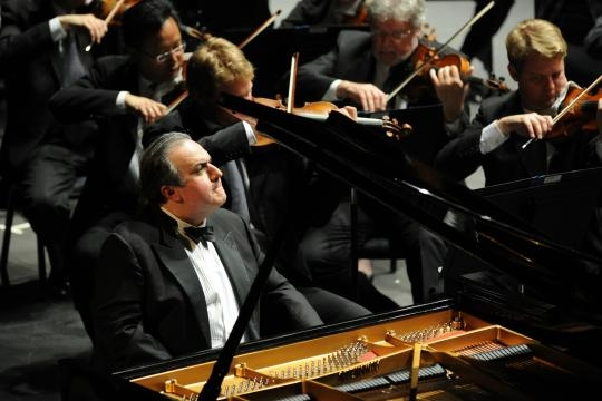 Uzbek-born pianist Yefim Bronfman, raised in Israel, is a U.S. citizen since 1989. Photo: Frank Stewart, courtesy of ASO, used with permission.