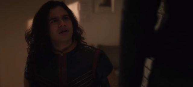 Cisco Ramon, aka Vibe, battles a new meta human in 'The Flash' Season 4 (Image Credit: Pagey/Youtube)