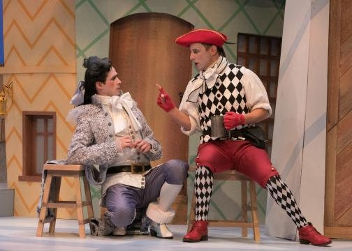 If only Mascarille could keep his master Lélie quiet. Photo: Jerry Dalia/The Shakespeare Theatre of New Jersey, used with permission.