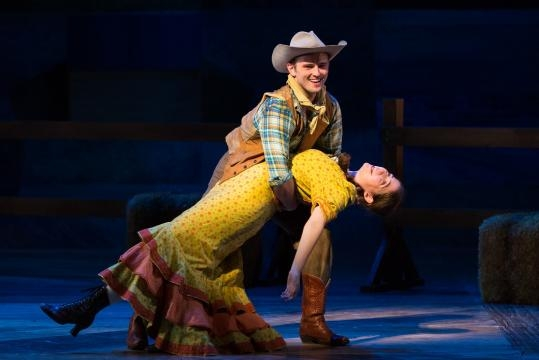 Michael Roach as Will Parker and Emma Roos as Ado Annie Carnes. Photo: Karli Cadel/The Glimmerglass Festival, used with permission.