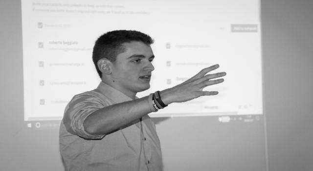 Un primo piano del Social Media Coach, Davide Dal Maso.