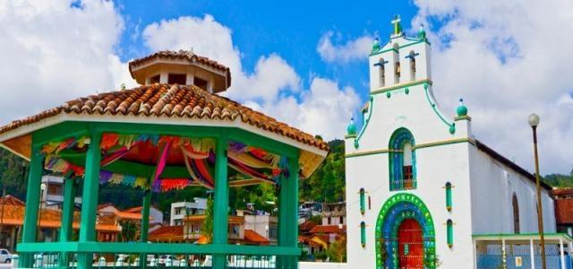 Plaza y Templo San Juan Chamula
