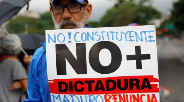 Más de 80 detenidos en huelga general convocada por la oposición ... - bolsafinanzas.com