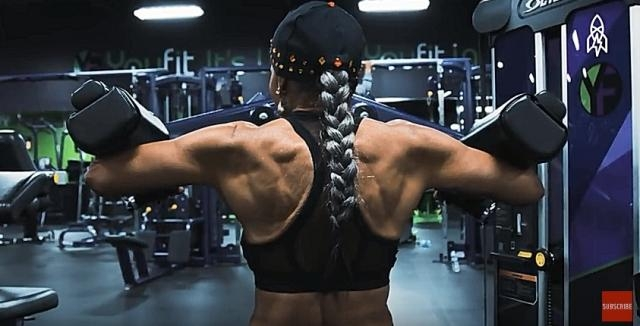 Shepherd's incredibly sculpted back- YouTube/ Great Big Story Channel