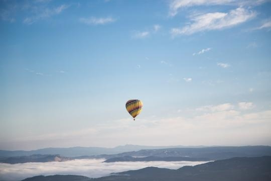 Hot air balloon showing that the sky is the limit-pixabay- Free-Photos