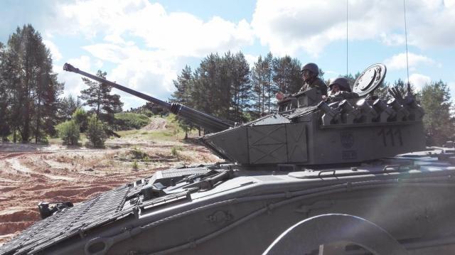 El Pizarro segundo carro más potente del destacamento desplegado en Letonia.