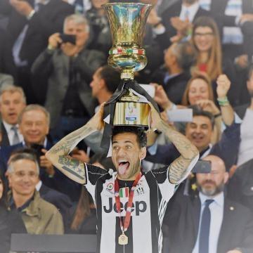 Calciomercato Juventus, chi sarà il sostituto di Dani Alves?