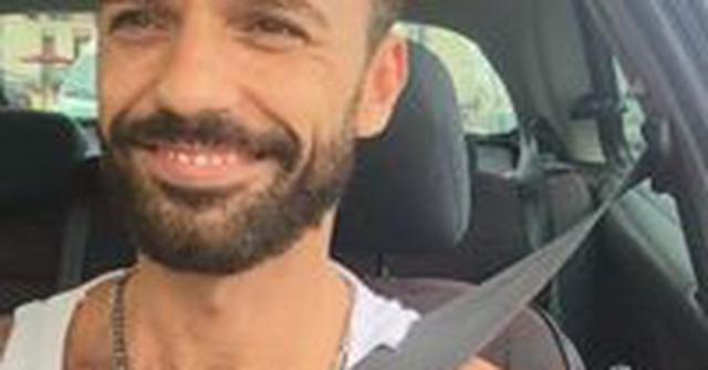 Pedro Aunion Monroy, selfie en un coche - mixcloud.com