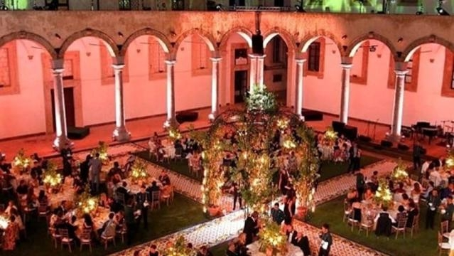 Cena di Gala nel cortile del GAM- Galleria d'Arte Moderna