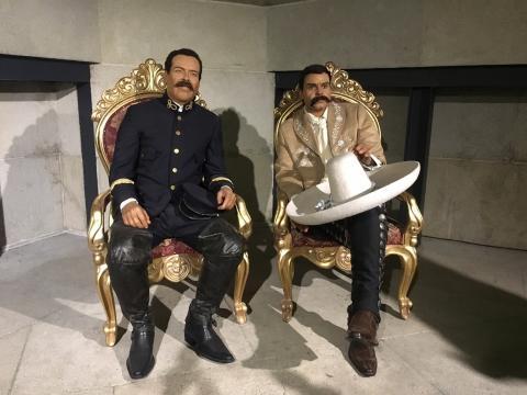 Imágenes de Francisco Villa y Emiliano Zapata en forma de cera.