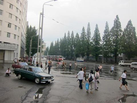 Pyongyang 2012 in front of Yongwang metro station (credit – Roman Bansen - wikimediacommons)