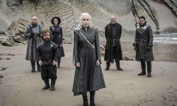 Daenerys y su alegre comitiva real.
