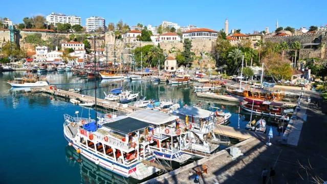 Antália, um destino de férias cada vez mais popular