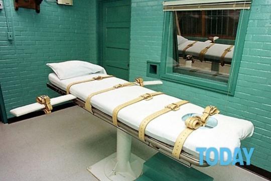 Pena di morte, per la prima volta uomo giustiziato negli Usa con ... - today.it