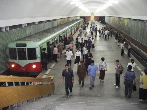 Triumphal Arch Station in the Pyongyang Subway (Credit – David Stanley – wikimediacommons)