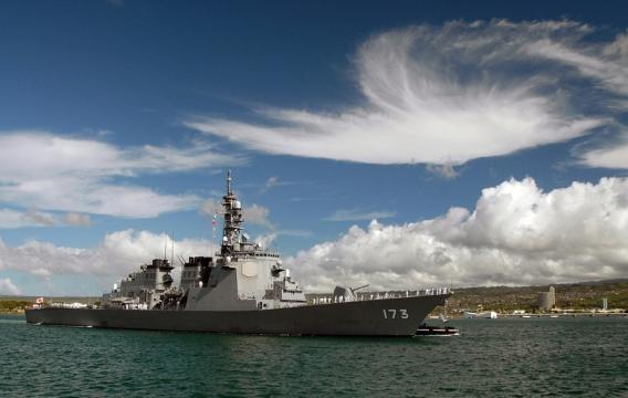 United states navy warship at pearl harbor. Photo /pixabay.com/en/destroyer-warship-pearl-harbor-ship-62960/