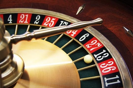 Online gambling is now the largest component of the UK gambling sector. Pixabay.