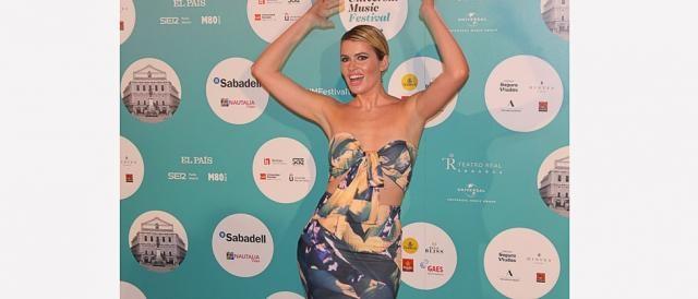 Adriana Abenia se divierte en el concierto de Luis Fonsi en Madrid