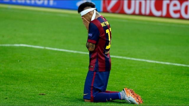 Le mythe Neymar va-t-il s'effondrer comme un château de cartes à l'ombre de la Tour Eiffel ? (youtube.com)