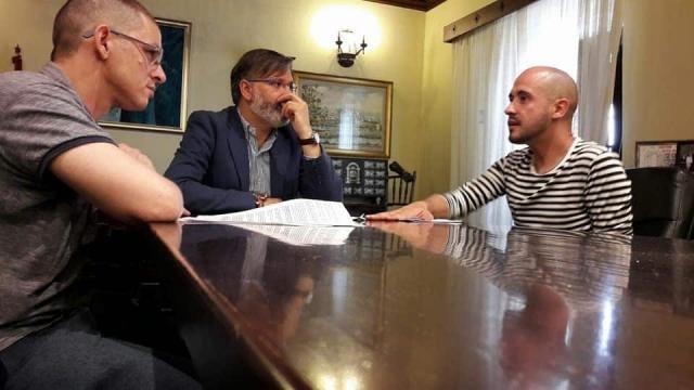 Recibe alcalde de Plasencia, Extremadura, al reunificacionista ... - eldiariodelamarina.com