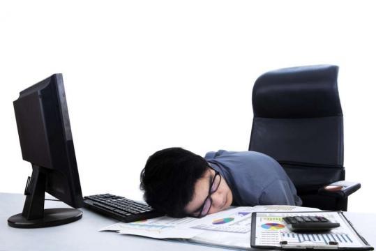dormir la siesta es bueno para tu salud (via laopinion.com)