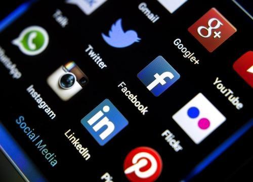 BBVA | Las primeras redes sociales antes del fenómeno Facebook ... - bbva.com