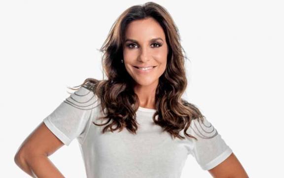 Cantora Ivete Sangalo grávida de gemeos