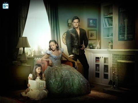 (L-R) Alison Fernandez as Lucy, Dania Ramirez as Cinderella/Jacinda and Andrew J. West as Henry Mills (via eonline.com)