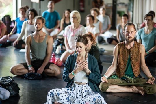 Entschleunigung für Großstädter // Agape Zoe Festival #7 // The Yoga Affair - theyogaaffair.com