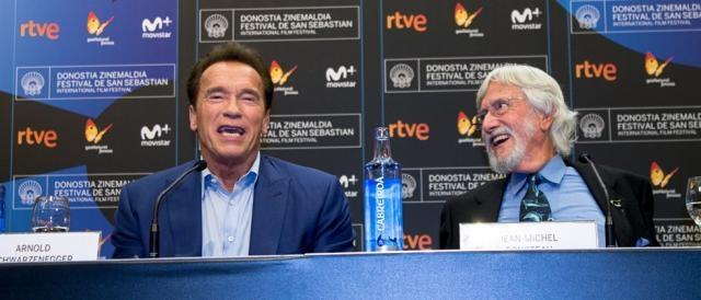 Arnold-Schwarzenegger-y-Jean-Michel-Cousteu2.jpg