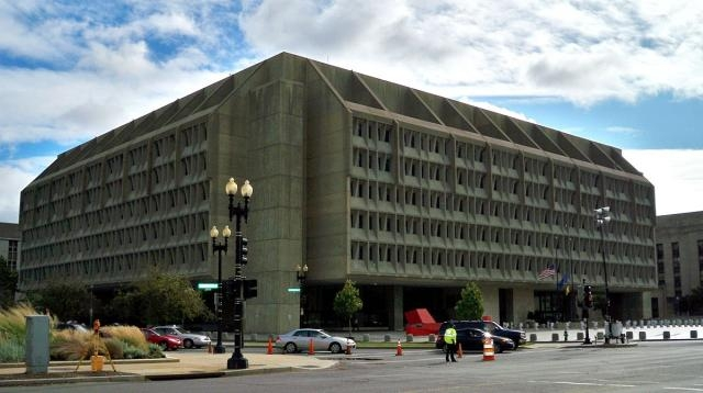 Department of Health and Human Services in Washington, D.C. / [Image by Matthew G. Bisanz via Wikimedia, CC BY-SA 3.0]