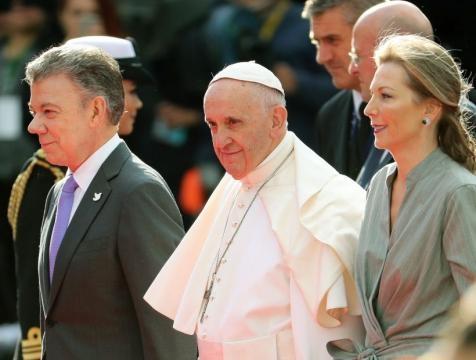 Papa Francisco inició su visita apostólica a Colombia | soychile.cl - soychile.cl