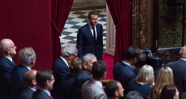 Réforme constitutionnelle : l'exécutif doit aller très vite - lesechos.fr