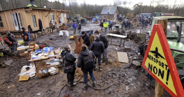 Notre-Dame-des-Landes: le préfet autorisé à faire démolir les cabanes - huffingtonpost.fr