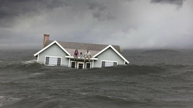Los Tsunamis son efectos secundarios del cambio climatico.