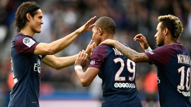 Paris dépasse la barre des 100 buts et efface Monaco des tablettes ... - eurosport.fr