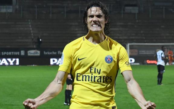 PSG : Cavani dépasse la barre des 100 buts en L1 - Le Parisien - leparisien.fr