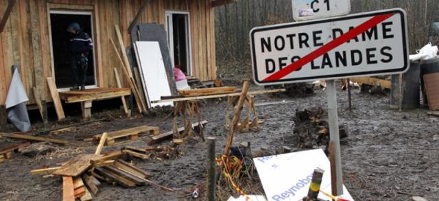 L'aéroport de Notre-Dame-des-Landes fait courir le risque d'une ... - slate.fr