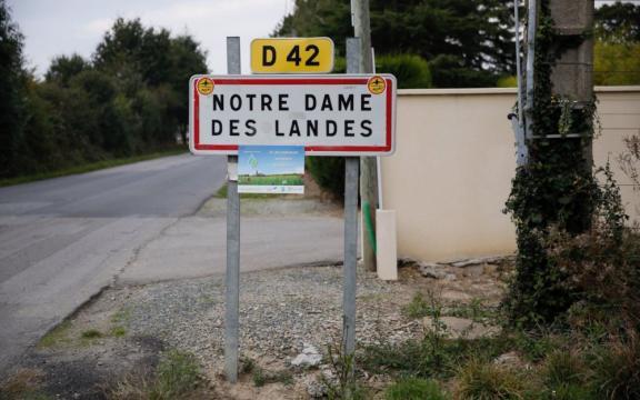 Notre-Dame-des-Landes : trois médiateurs nommés pour le projet d ... - leparisien.fr
