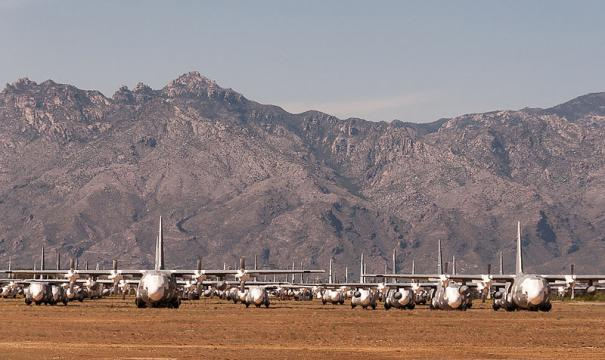 'Boneyard' in Tucson (Image credit – StellarD, Wikimedia Commons)
