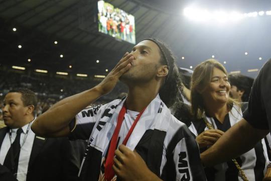 El fútbol mundial se queda sin su sonrisa más emblemática: se hace ... - univision.com