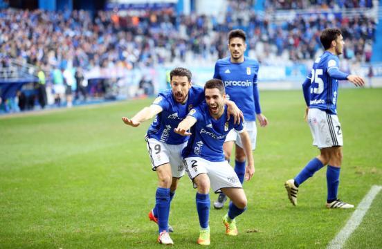 Los aficionados del Real Oviedo tienen ganas de derbi