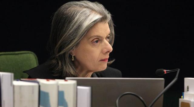 Presidente do STF, ministra Cármen Lúcia, complicada ainda mais a situação de Lula