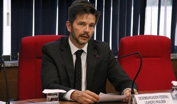 Desembargador federal Leandro Paulsen votou pela confirmação da condenação do ex-presidente Lula
